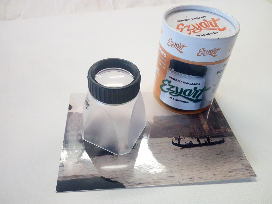 Ezy Art Magnifier